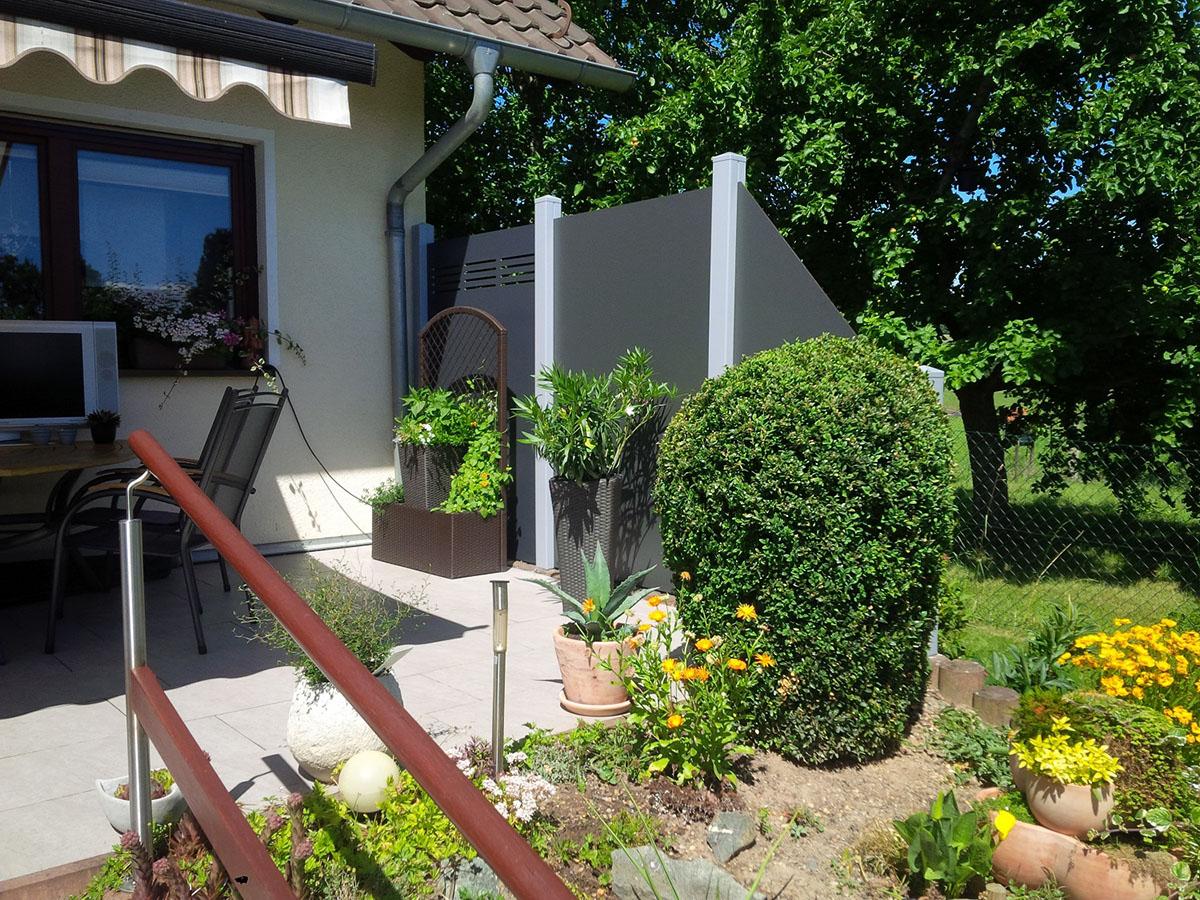 Sichtschutz Terrasse Grau Möbel Ideen und Home Design Inspiration