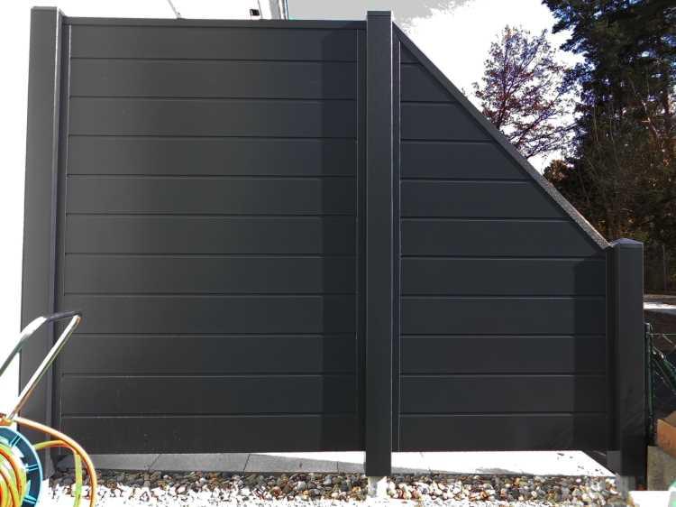 sichtschutzzaun aus kunststoff gg09 hitoiro. Black Bedroom Furniture Sets. Home Design Ideas
